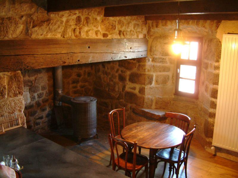 maison d habitation at un hameau aux multiples possibilit s. Black Bedroom Furniture Sets. Home Design Ideas
